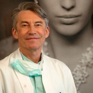 Dr. Dombard, plastic surgeon specialist Overijse Brussels Belgium